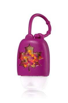 Leaf - PocketBac Holder - Bath & Body Works - Fall into clean hands! This convenient holder attaches to your backpack, purse & more so you can always keep your favorite PocketBac close at hand. Bath N Body Works, Bath And Body, Alcohol En Gel, Hand Sanitizer Holder, Lip Scrub Homemade, Lush Bath, Body Care, Face Care, Skin Care