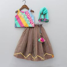Indian Wear, Ethnic Wear for Girls Baby Girl Birthday Dress, Baby Boy Dress, Girls Frock Design, Baby Dress Design, Baby Frocks Designs, Kids Frocks Design, Kids Dress Wear, Little Girl Dresses, Kids Wear