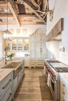 Country Kitchen Designs, French Country Kitchens, Modern Farmhouse Kitchens, Rustic Kitchen, Kitchen Decor, Kitchen Ideas, Farmhouse Style, Kitchen Inspiration, Diy Kitchen