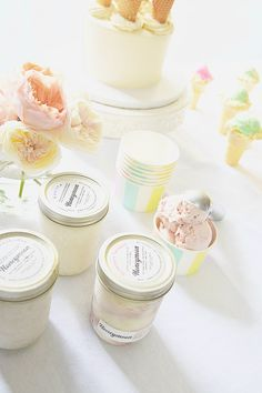Party Planning: A Summer Ice Cream Social (Lauren Conrad) Summer Ice Cream, Ice Cream Party, Movie Night Party, Party Time, Event Planning Tips, Party Planning, Ice Cream Social, A Little Party, Icecream Bar