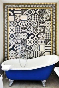 Black & White wall tiles - Bathroom via domaine