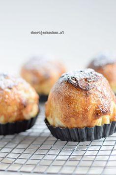 Dutch Recipes, Sweet Recipes, Baking Recipes, Pie Dessert, Dessert Recipes, Desserts, Beignets, Cake Cookies, Cupcake Cakes