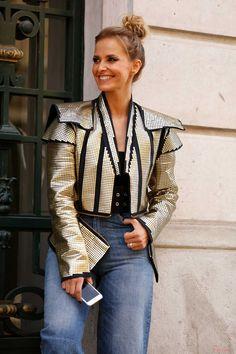 Photo by Leo Faria | Street Style | Cristina Ferreira | Daily Cristina | Fashion  Blusão | Nelson Lisboa  Top | Bamain  Cinto | Denny Rose  Calças | Denny Rose  Sandálias | Gucci