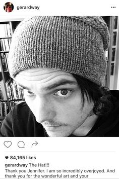 NEW SELFIE: HE GOT THE HAT BACK  yay
