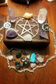 You searched for altar - Mundo dos Cristais Wicca Witchcraft, Pagan Witch, Magick, Witches, Tarot, Grimoire Halloween, Pagan Altar, Wiccan Decor, Crystal Grid