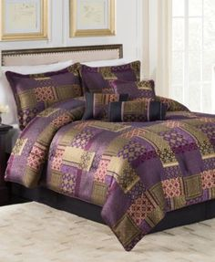 Medici Plum 7-Pc. Queen Comforter Set