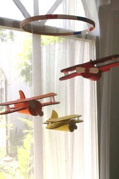 Summer project! Make a vintage plane mobile from toilet paper tubes - Yahoo News