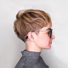 nice   Chopped Undercut Pixie  Read More by trinetryl  #Chopped, #Pixie, #Undercut