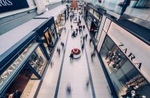 The Black Friday - Cyber Monday shopping season is starting soon. Get prepared today with these Black Friday email marketing ideas to skyrocket your sales. Perfect Image, Perfect Photo, Shopping Center, Shopping Mall, Online Shopping, Mall Stores, People Shopping, Drive To Store, Love Photos