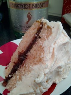 Gluten free pink champagne cake. Must try without the alcohol.