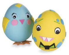 23 ovos decorados com bichinhos para enfeitar o ninho de páscoa das crianças.