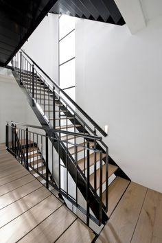 Vernieuwbouw grachtenpand  Meer interieur-inspiratie? Kijk op Walhalla.com/inspiratie