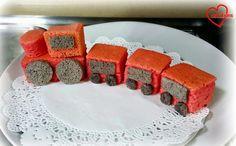 mini train cake pan - Google zoeken