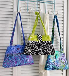 1, 2, 3 Go! Bag: One pattern, three purses. Keep it simple or strut your style with creative accents and fabric combinations.