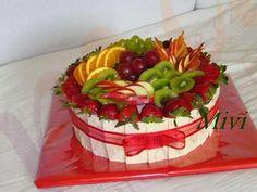 Výsledek obrázku pro dort obložený bílou čokoládou