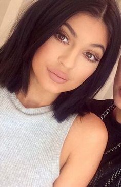 jenner short hair New Hair Short Lob Kylie Jenner Ideas Kylie Jenner Short Hair, Kylie Jenner Mode, Estilo Kylie Jenner, Blunt Bob Hairstyles, Short Hairstyles For Women, Trendy Hairstyles, Ponytail Hairstyles, Hairstyle Ideas, Hair Ideas