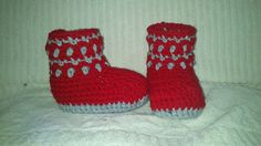 Ravelry: Mio Cuore Baby Booties (English and Spanish) pattern by Mel Garcia Tello