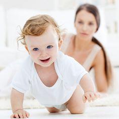 """Lesen Sie hier, wann Sie Ihrem Baby erste Grenzen setzen können, ihm ein """"Nein"""" beibrigen und wie Sie es sanft erziehen. © Thinkstock"""
