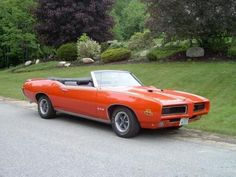 my daddy used to own one almost just like this, had racing stripes & all.