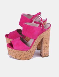 Compra online estas sandalias de antelina de Zara como nuevas. ¡Disfruta de  increíbles descuentos 77892026a67