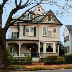 We are saving up for a gorgeous huge house in West Virginia with lots of land! Here's a gorgeous one in Martinsburg, West Virginia #Proactiv