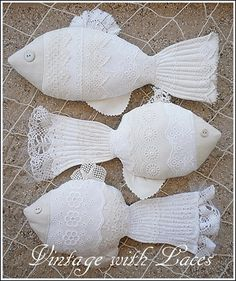 Vintage with Laces: Catch of the Day: Fabric and Lace Fishes