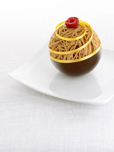 food presentation / plated desserts | Mont Blanc by Cristophe Michalak #dessert