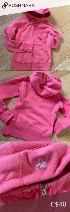 TNA hoodie Size S Like a coral pink colour (the last pic shows the true colour) Some pilling definitely:) Overall in good condition Aritzia Tops Sweatshirts & Hoodies Grey Hoodie, Cropped Hoodie, Zip Hoodie, Grey Sweater, Diesel Jacket, Brandy Melville Jeans, Juicy Couture Jacket, Sleeveless Hoodie, Black Zip Ups