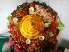 this is Tumpeng (tradisional food from Indonesia)