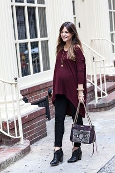 violet top and black leggings