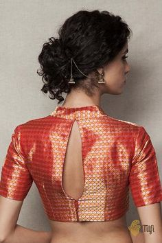 To make it easier for you, we have the top trending beautiful silk saree blouse designs so that you can choose the best for your saree look. Blouse Back Neck Designs, Brocade Blouse Designs, Brocade Blouses, Saree Blouse Patterns, Fancy Blouse Designs, Designer Blouse Patterns, Latest Blouse Patterns, Brocade Saree, Red Blouses