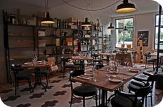 La Enoteca, Rotterdam ('12 and February '13) - Very nice concept: choose a great bottle of wine with excellent advice of Lou Borrani and then a proposal for the menu which goes with the wine is being made... - 86/100