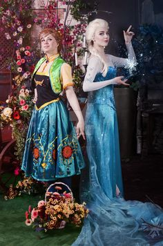 Best sisters ever by Anastasia Lion Disney Princess Cosplay, Disney Cosplay, Princess Costumes, Cosplay Outfits, Cosplay Costumes, Halloween Costumes, Cosplay Ideas, Costume Ideas, Cosplay Characters