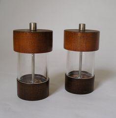 Vintage Mid Century Modern Salt & Pepper Mills Wood by AuntysTeeks, $19.50