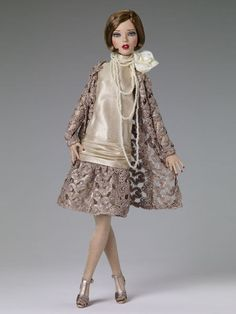 Tonner Deja Vu Emma Jean at the Silver Palette DRESSED DOLL New UFDC Exclusive #Tonner