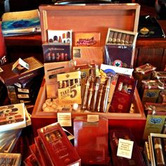 www.NeptuneCigar.com Father's Day Ideas Wouldn't you like a Cigar Sampler collection like this one?