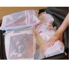 Buy OH.LEELY Travel Storage Bag at YesStyle.co.uk! Quality products at remarkable prices. FREE SHIPPING to the United Kingdom on orders over £ 25. Bag Storage, United Kingdom, The Unit, Free Shipping, Bags, Stuff To Buy, Travel, Products, Handbags