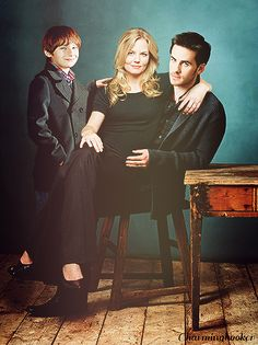 Captain Swan - Emma and Hook - Once Upon a Time - Family Portrait Manip