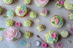 elderflower & lemon summer garden cupcakes