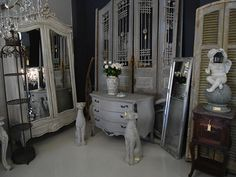 Bespoke, customised and unique antique and contemporary French furniture and fittings. Le Chateau stocks antique, vintage and new items - all hand chosen. European Furniture, French Furniture, Romantic Look, Antique Shops, Contemporary, Antiques, Flea Markets, Inspiration, Home Decor