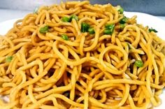 This Plain lo mein is made with boiled noodles, tossed with soy sauce and sesame oil, no fired vegetables or meat include. It is the easies dish for night-snack in China. If you have enough time to spend in kitchen,… Recipe For Lo Mein Noodles, Easy Lo Mein Noodles, Chicken Lo Mein Recipe Easy, Easy Lo Mein Recipe, Plain Lo Mein Recipe, Lo Main Recipe, Lo Main Noodles, Asian Noodles, Vegetable Lo Mein