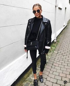 All black outfit Black biker jacket Black Gucci loafers All Black Outfits For Women, Black And White Outfit, Black Women Fashion, Look Fashion, Trendy Fashion, Fashion Mode, Trendy Style, Womens Fashion, Fashion Vintage