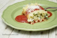 Spinach Lasagna Rolls from livelaughrowe.com thanks Mindy Great Site