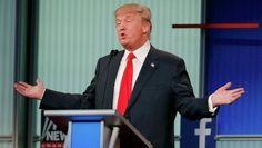"""Американский миллиардер Дональд Трамп сообщил, что зарабатывает по 400 миллионов долларов в год и бюджет для его кампании """"не имеет значения""""."""