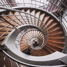 pinteresty.com/fra411 #stairs - © Saùl Aguilar / @saaggo