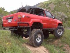 Trucks & - What is YotaTechs nicest Post the best! - I wanna see the best YotaTech has to offer in terms of the first gen Runner! 1st Gen 4runner, 4 Runner, Toyota 4runner, Bike Stuff, Toyota Land Cruiser, Offroad, Monster Trucks, Cars, Nice