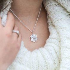 Beautiful snowflake pendant by CaiSanni. Diamond, Pendant, Silver, Beautiful, Instagram, Jewelry, Jewlery, Money, Bijoux