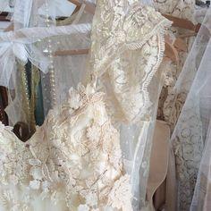 Nuevos vestidos Immacle preparados para este otoño  #immacle #vestidosdenovia #love  www.immacle.com