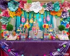 Laura Cristina with Glitter Poppy's Birthday / Trolls - Photo Gallery at Catch My Party Trolls Birthday Party, Troll Party, Luau Birthday, 4th Birthday Parties, Birthday Party Decorations, Birthday Ideas, Rainbow Parties, Tropical Party, Birthday Photos