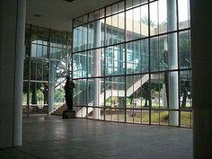 1-FAU-int-01Edifício da Faculdade de Arquitetura. Hall do Pav. Térreo. JORGE MACHADO MOREIRA